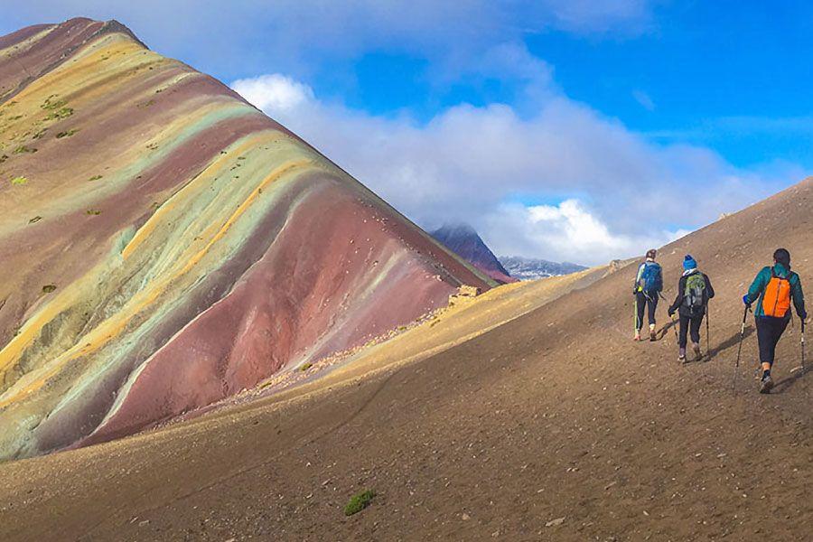 ¿Cómo se formó La Montaña de 7 Colores en Cusco?