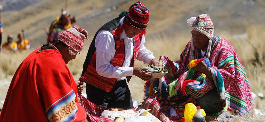 Culto a los dioses Incas por la población andina