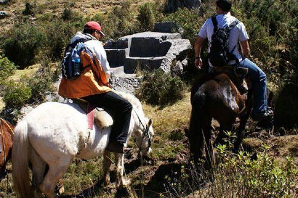 Paseo a Caballo en Cuzco