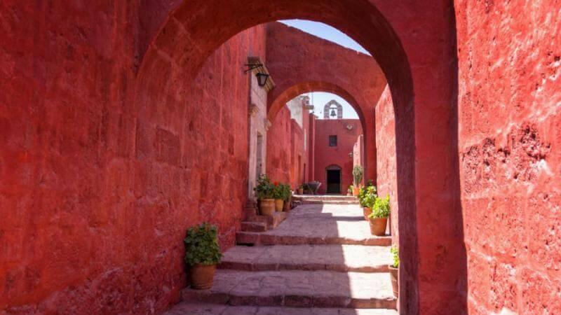 El famoso Monasterio de Santa Catalina en Arequipa