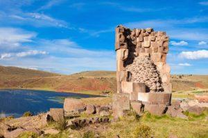 Conoce las famosas Chullpas de Sillustani en Puno